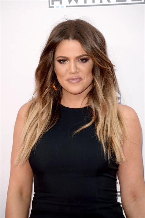 khloé kardashian pics khloe kardashian s amas dress star flaunts curves