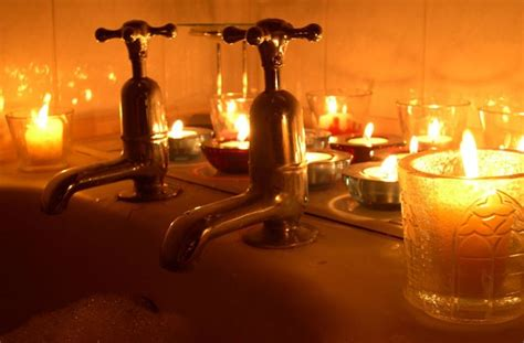 bathtub candles 10 ways to turn your bathroom into a spa set the mood