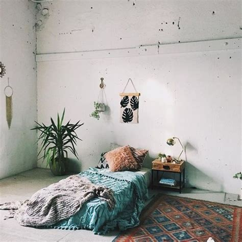 Bedroom Mattress On Floor by 25 Best Ideas About Mattress On Floor On