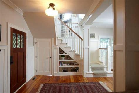 bücher hängeregal treppe design regal