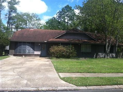 4006 alandale drive pascagoula ms 39581 foreclosed home