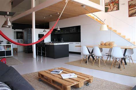 comedor cocina salon loft escalera moderno