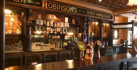 top 10 bars in belfast 10 pubs the traditional irish pub crawl in belfast