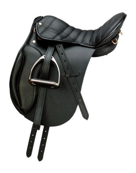 Saddle Whyte Black exmoor endurance dressage style saddle with kneeblocks horsin around