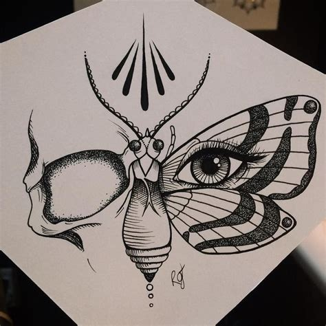 butterfly skull tattoo 1000 ideas about skull butterfly on