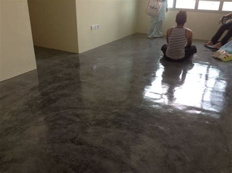 My super cool concrete screed floor with epoxy clear paint