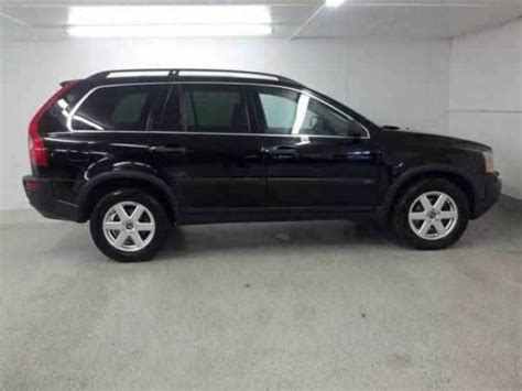 purchase  awesome  volvo xc suv great buy  miles  shipping black  row