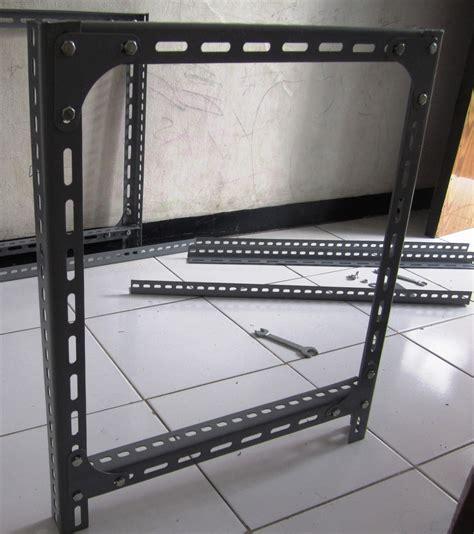 Rak Besi Bolong sinau bareng secara membuat rak untuk toko
