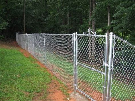 Garden Fence Ideas For Dogs Backyard Fence Designs For Dogs Izvipi