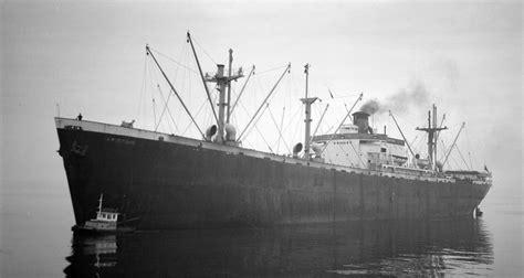 Kode B 1037 ships build the merchant marine act of 1936
