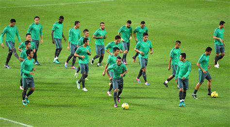 detiksport olahraga sepak bola tips mengenal ukuran lapangan sepak bola bagi pemula