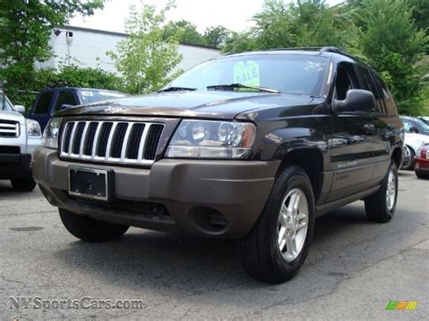 dark grey jeep grand cherokee 2004 jeep grand cherokee laredo 4x4 in brillant black
