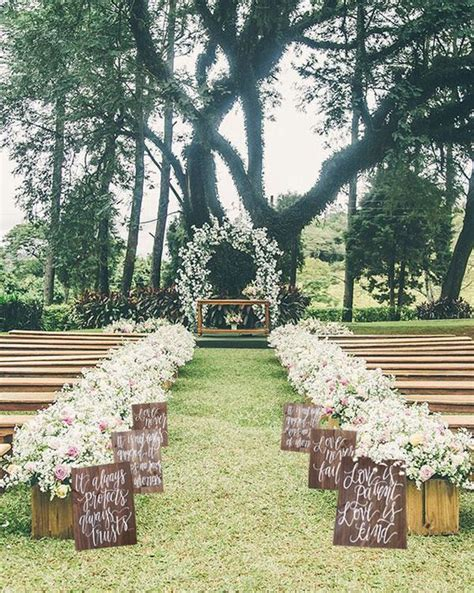 Wedding Aisle With Tables by 25 Best Ideas About Outdoor Weddings On