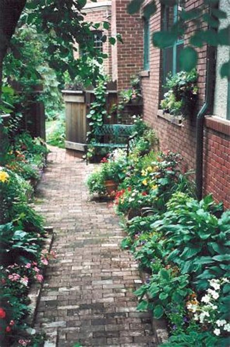 Formal Garden - pocket gardens