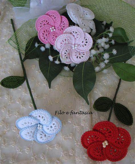 fiori da casa fiore grande all uncinetto per la casa e per te