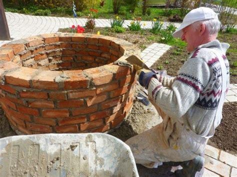 gartenbrunnen selber bauen bauanleitung gartenbrunnen