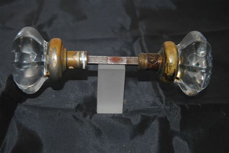The Knob Connection by Antique Set Of Large Glass Door Knobs W Connect Rod Ebay