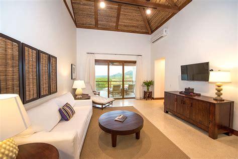 bedroom golf view suite las verandas