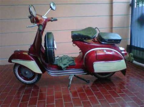 Modifikasi Vespa 1977 by Modifikasi Vespa Sprint 1979 Oto Trens