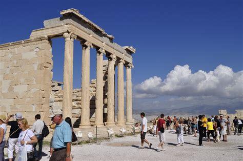 turisti per caso atene atene acropoli viaggi vacanze e turismo turisti per caso