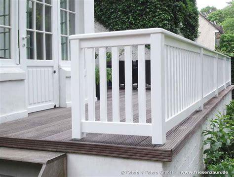 veranda weiss holz gel 228 nder f 252 r terrasse und balkon hartholz wei 223 lackiert