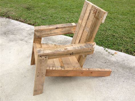 adirondack chairs made out of pallets pallet adirondack chair pallet