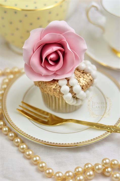 haute cupcake how to create and decorate a couture