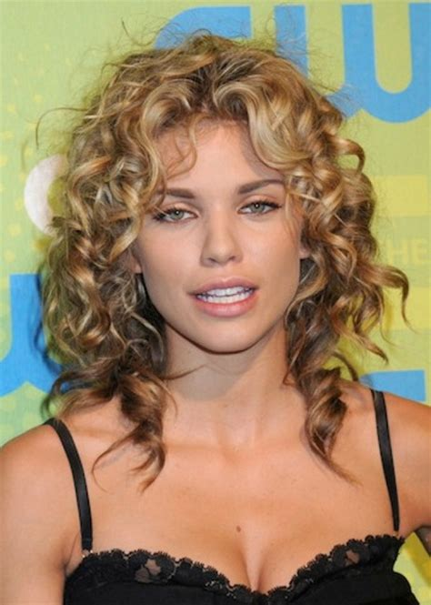 Hairstyles For Curly Hair 2015 by Haircuts For Curly Hair 2015