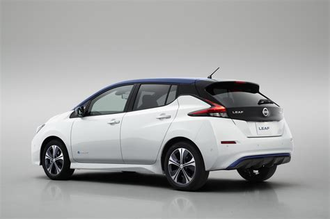 nissan leaf 2018 nissan leaf has a 150 mile range and costs 29 990