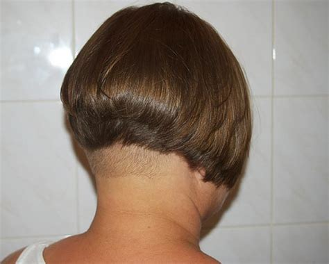 wedge haircut with a weight line wedge with weight line haricut hairxstatic short back