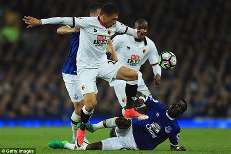 Premier league alternative awards why idrissa gueye tops n golo kante