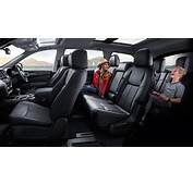 Family 7 Seater SUV  Nissan Pathfinder 2017