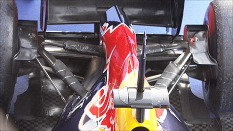 f1: analysing the red bull rb8 formula 1 car (+photos