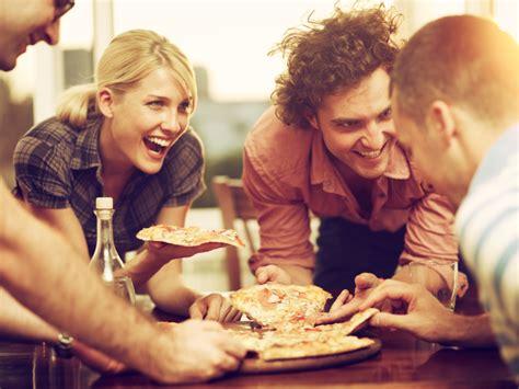 My best friends girl pizza scene breaking