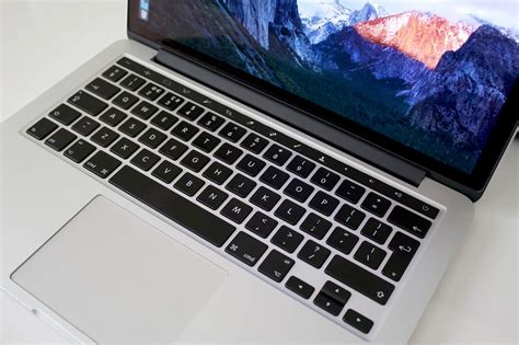 macbook top bar here s why an oled touch bar would make a stellar addition