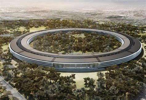 sede della apple jonathan ive a capo design apple corriere it