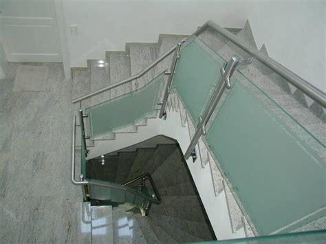 Edelstahlgeländer Treppenhaus by Rebmann Gmbh Schlosserei Metallbau Treppengel 228 Nder