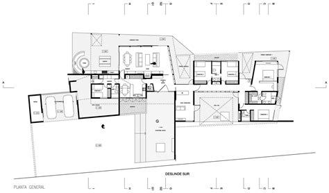 varias imagenes forman una sola planos de casa de una planta construye hogar