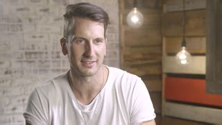russell dickerson man in the mirror lyrics hear russell dickerson cover michael jackson s mirror