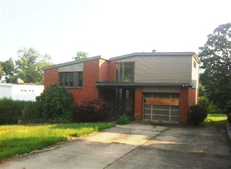 4810 girard rd pittsburgh pa 15227 reo home details