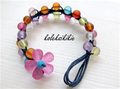 membuat gelang menggunakan benang wol membuat gelang tali bunga akrilik koleksikikie