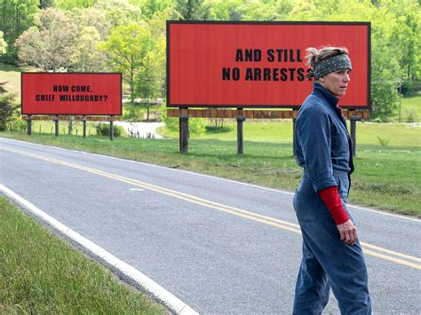 three billboards outside ebbing missouri the screenplay books three billboards outside ebbing missouri look review