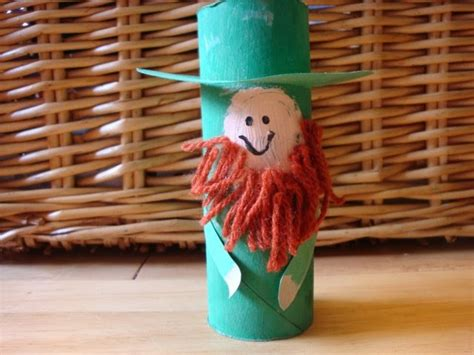 Leprechaun Toilet Paper Roll Craft - preschool crafts for st s day leprechaun