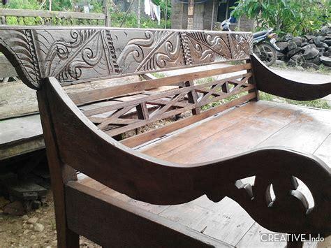Barang Antik Terbaru 25 model gambar kursi resban kayu antik dan kuno terbaru model desain rumah minimalis