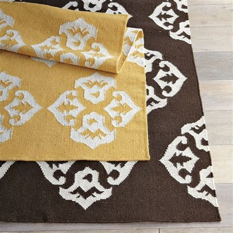 west elm rug area rugs to define your room and keep your toes