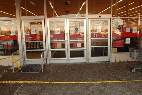 kmart garden center roof collapses in naperville