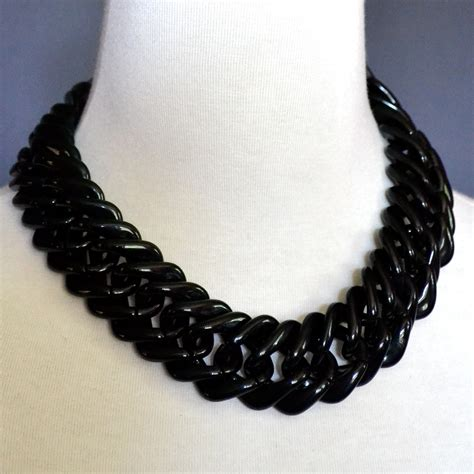 vintage black chunky lucite chain necklace