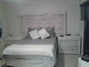 Pallet bed headboard amp side tables pallet ideas 1001