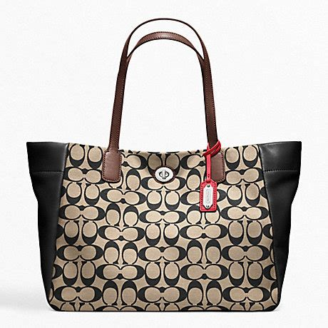 Coach Kelsey Small Patchwork 5 coach f21236 legacy weekend printed signature east west