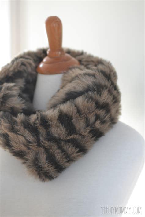 thanks fur last make an easy diy faux fur cowl scarf the diy